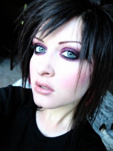 How To Do Emo Makeup